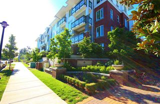 "Photo 2: 339 9399 ODLIN Road in Richmond: West Cambie Condo for sale in ""Mayfair Place By Polygon"" : MLS®# R2087089"