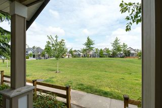 """Photo 7: 19495 70A Avenue in Surrey: Clayton House for sale in """"CLOVERDALE"""" (Cloverdale)  : MLS®# R2089947"""