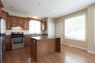 """Photo 10: 19495 70A Avenue in Surrey: Clayton House for sale in """"CLOVERDALE"""" (Cloverdale)  : MLS®# R2089947"""