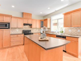 Photo 4: 3392 PLATEAU Boulevard in Coquitlam: Westwood Plateau House for sale : MLS®# R2093003