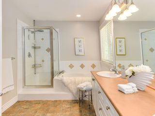 Photo 13: 3392 PLATEAU Boulevard in Coquitlam: Westwood Plateau House for sale : MLS®# R2093003