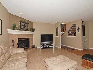 Photo 7: 126 ROCKY RIDGE Drive NW in Calgary: 2 Storey for sale : MLS®# C3520627