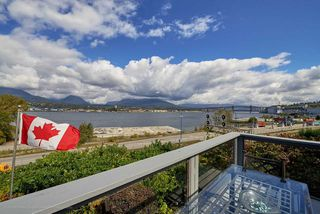 Photo 25: 2827 WALL Street in Vancouver: Hastings East House for sale (Vancouver East)  : MLS®# R2107634