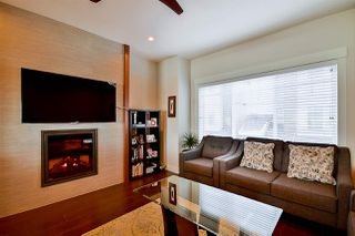 "Photo 2: 32 6971 122 Street in Surrey: West Newton Townhouse for sale in ""AURA"" : MLS®# R2130305"