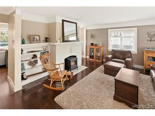 Photo 6: 977 Oliver St in VICTORIA: OB South Oak Bay Single Family Detached for sale (Oak Bay)  : MLS®# 753268