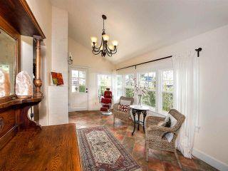 """Photo 3: 1733 BEACH GROVE Road in Delta: Beach Grove House for sale in """"BEACH GROVE"""" (Tsawwassen)  : MLS®# R2157549"""