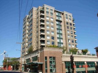 """Photo 1: 1005 720 CARNARVON Street in New Westminster: Downtown NW Condo for sale in """"Carnarvon Tower"""""""