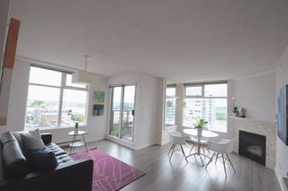 """Photo 7: 1005 720 CARNARVON Street in New Westminster: Downtown NW Condo for sale in """"Carnarvon Tower"""""""