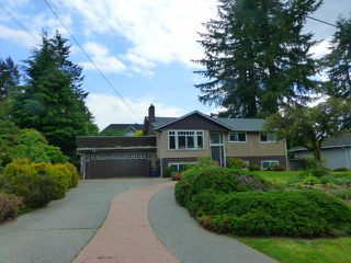 Photo 1: 914 GROVER Avenue in Coquitlam: Coquitlam West House for sale : MLS®# R2175004