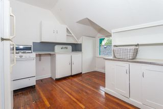 Photo 15: 1847 VENABLES Street in Vancouver: Hastings House for sale (Vancouver East)  : MLS®# R2185261