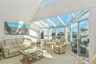 """Photo 8: 14832 BEACHVIEW Avenue: White Rock Townhouse for sale in """"Marine Court"""" (South Surrey White Rock)  : MLS®# R2196404"""