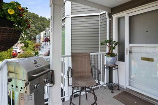 """Photo 20: 14832 BEACHVIEW Avenue: White Rock Townhouse for sale in """"Marine Court"""" (South Surrey White Rock)  : MLS®# R2196404"""