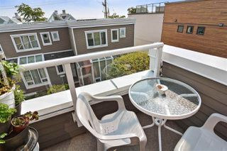 """Photo 19: 14832 BEACHVIEW Avenue: White Rock Townhouse for sale in """"Marine Court"""" (South Surrey White Rock)  : MLS®# R2196404"""