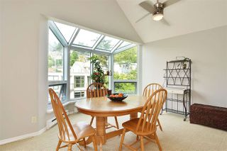 """Photo 15: 14832 BEACHVIEW Avenue: White Rock Townhouse for sale in """"Marine Court"""" (South Surrey White Rock)  : MLS®# R2196404"""