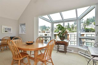 """Photo 17: 14832 BEACHVIEW Avenue: White Rock Townhouse for sale in """"Marine Court"""" (South Surrey White Rock)  : MLS®# R2196404"""