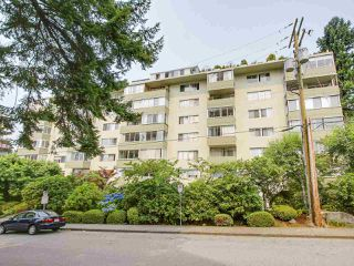 Photo 1: 606 1425 ESQUIMALT AVENUE in West Vancouver: Ambleside Condo for sale : MLS®# R2194722