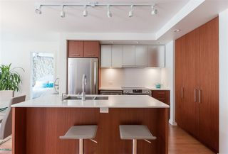 Photo 8: 318 221 E 3RD STREET in North Vancouver: Lower Lonsdale Condo for sale : MLS®# R2206624