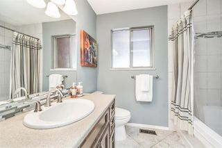 Photo 9: 9368 204 Street in Langley: Walnut Grove House for sale : MLS®# R2234350