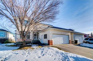 Main Photo: 10 HAMPSTEAD Close NW in Calgary: Hamptons House for sale : MLS®# C4163571
