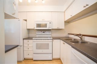 "Photo 5: 109 643 W 7TH Avenue in Vancouver: Fairview VW Condo for sale in ""COURTYARDS"" (Vancouver West)  : MLS®# R2271434"