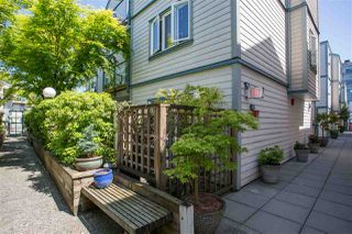 "Photo 3: 109 643 W 7TH Avenue in Vancouver: Fairview VW Condo for sale in ""COURTYARDS"" (Vancouver West)  : MLS®# R2271434"