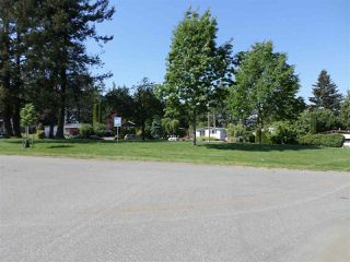 Photo 19: 2203 CRYSTAL Court in Abbotsford: Poplar Manufactured Home for sale : MLS®# R2271129