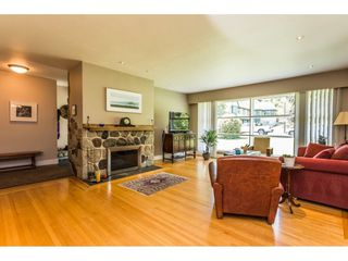 "Photo 3: 434 BLAIR Avenue in New Westminster: Sapperton House for sale in ""Sapperton"" : MLS®# R2273206"