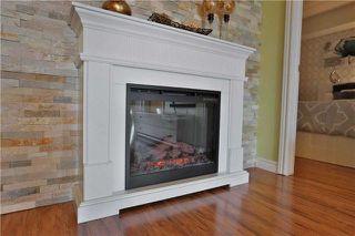 Photo 6: 107 1479 Maple Avenue in Milton: Dempsey Condo for sale : MLS®# W4151601