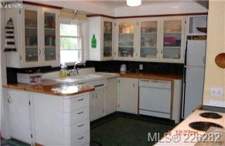 Photo 4:  in VICTORIA: OB Henderson Single Family Detached for sale (Oak Bay)  : MLS®# 423611