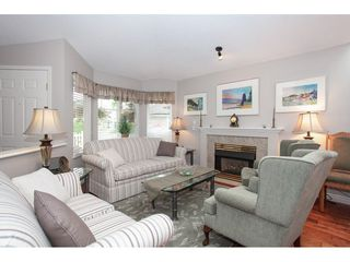"Photo 3: 71 6488 168 Street in Surrey: Cloverdale BC Townhouse for sale in ""Turnberry by Polygon"" (Cloverdale)  : MLS®# R2290856"