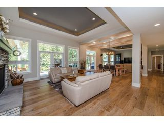 "Photo 8: 10437 WOODROSE Place in Rosedale: Rosedale Popkum House for sale in ""Rose Garden Estates"" : MLS®# R2302113"