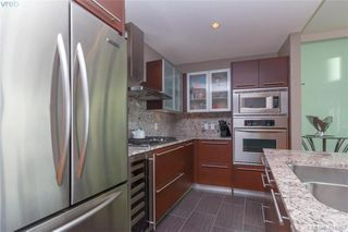 Photo 11: 306 68 Songhees Road in VICTORIA: VW Songhees Condo Apartment for sale (Victoria West)  : MLS®# 404957