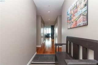 Photo 3: 306 68 Songhees Road in VICTORIA: VW Songhees Condo Apartment for sale (Victoria West)  : MLS®# 404957