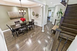 Photo 2: 995 Ernest Cousins Circle in Newmarket: Stonehaven-Wyndham House (2-Storey) for sale : MLS®# N4356964