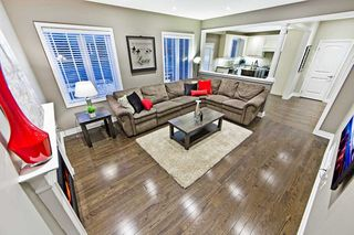 Photo 5: 995 Ernest Cousins Circle in Newmarket: Stonehaven-Wyndham House (2-Storey) for sale : MLS®# N4356964