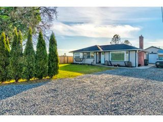 Main Photo: 6673 216 Street in Langley: Salmon River House for sale : MLS®# R2345250