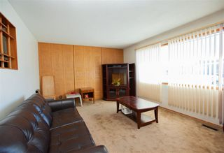 Photo 3: 13907 88 Street NW in Edmonton: Zone 02 House for sale : MLS®# E4147182