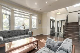 Photo 10: 6319 YEW Street in Vancouver: Kerrisdale House for sale (Vancouver West)  : MLS®# R2348779