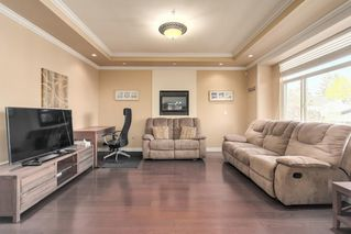 Photo 2: 6319 YEW Street in Vancouver: Kerrisdale House for sale (Vancouver West)  : MLS®# R2348779