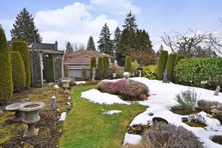 """Photo 20: 4264 FITZGERALD Avenue in Burnaby: Deer Lake Place House for sale in """"DEER LAKE PLACE in South Burnaby"""" (Burnaby South)  : MLS®# R2348976"""