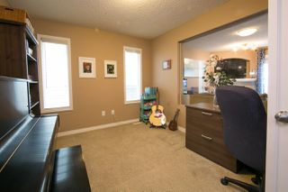 Photo 5: 5449 SCHONSEE Drive in Edmonton: Zone 28 House for sale : MLS®# E4149323