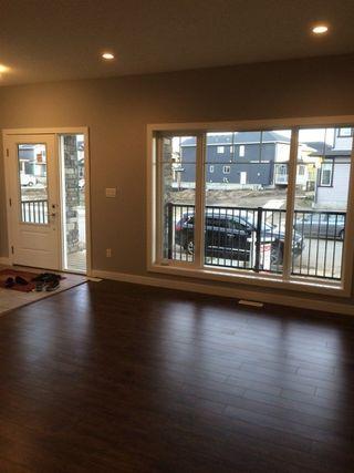Photo 4: 2131 26 Street in Edmonton: Zone 30 House for sale : MLS®# E4151952