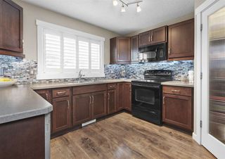 Photo 7: 1124 CHAPPELLE Boulevard in Edmonton: Zone 55 House for sale : MLS®# E4152271