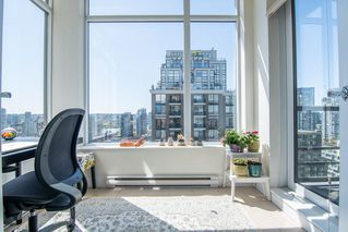 "Photo 9: 2306 1001 HOMER Street in Vancouver: Yaletown Condo for sale in ""THE BENTLEY"" (Vancouver West)  : MLS®# R2362525"