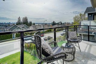Photo 10: 370 E 5TH Street in North Vancouver: Lower Lonsdale House 1/2 Duplex for sale : MLS®# R2363779