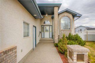 Photo 3: 8007 166 Avenue in Edmonton: Zone 28 House for sale : MLS®# E4156318