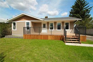 Main Photo: 3237 55 Avenue in Red Deer: RR West Park Residential for sale : MLS®# CA0166648