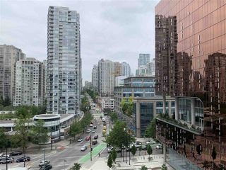 Photo 9: 1022 68 SMITHE Street in Vancouver: Downtown VW Condo for sale (Vancouver West)  : MLS®# R2374142