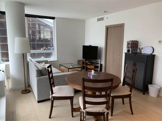 Photo 3: 1022 68 SMITHE Street in Vancouver: Downtown VW Condo for sale (Vancouver West)  : MLS®# R2374142