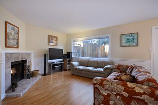 Photo 3: 721 West 69th Avenue in Vancouver: Marpole Home for sale ()  : MLS®# V872723